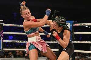 Рейчел Остович выиграла у Пейдж Ванзант в кулачном бою