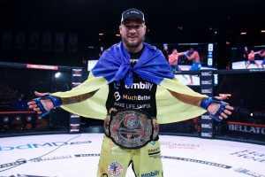 Ярослав Амосов стал новым чемпионом Bellator в полусреднем весе