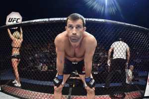 Люк Рокхолд готовится к возвращению в UFC