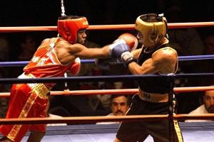 Удары в боксе: виды и техника