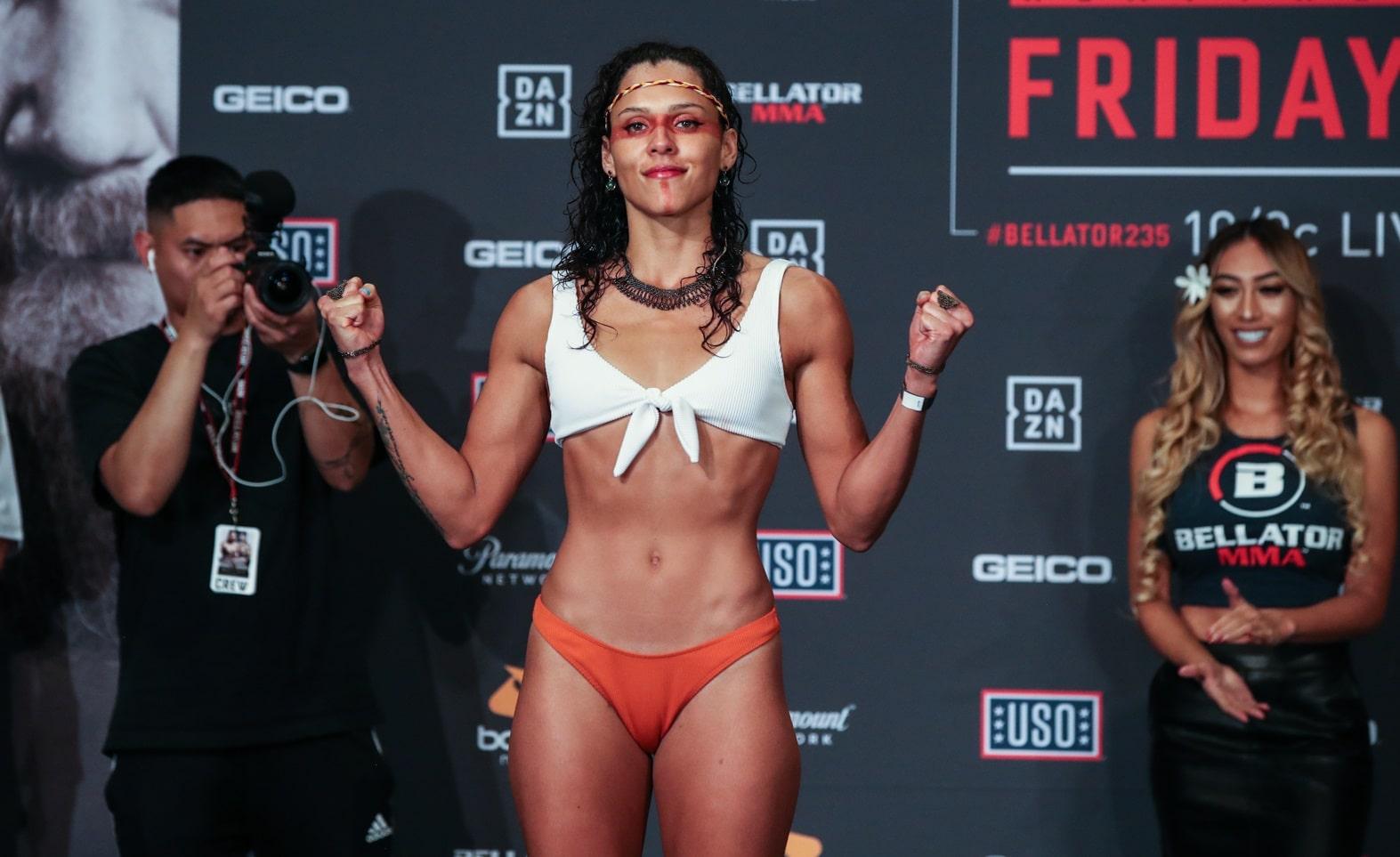 Алехандра Лара - боец Bellator: биография, статистика и лучшие бои