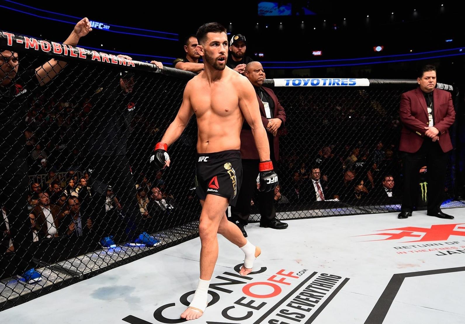 Доминик Круз - боец UFC: биография, карьера, статистика боёв
