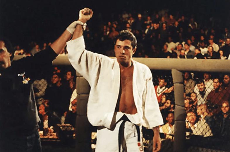 Ройс Грейси - первый чемпион и член Зала Славы UFC: биография, карьера и видео боёв