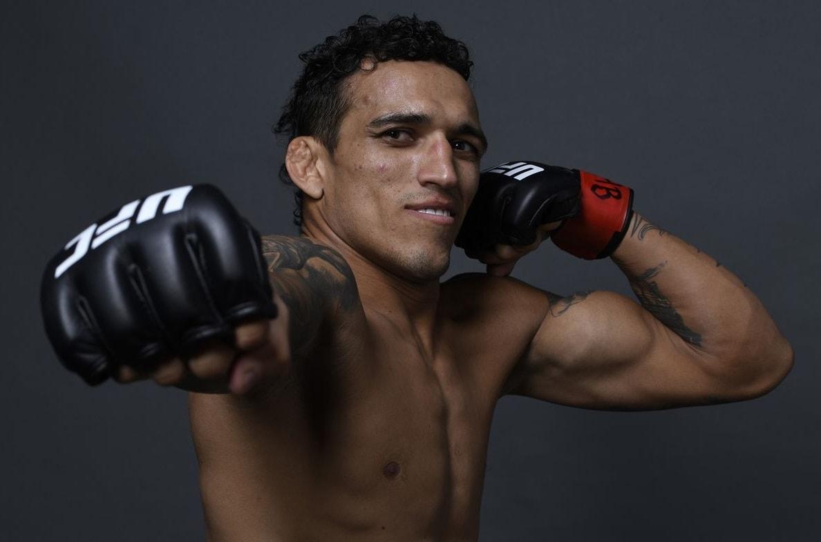 Чарльз Оливейра - боец легкого веса UFC: статистика боёв, биография и видео лучших боёв